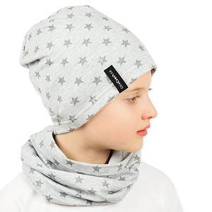 Čepice hvězdičky na světle šedé
