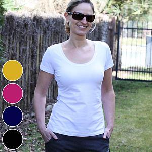 Přiléhavé tričko basic jednobarevné