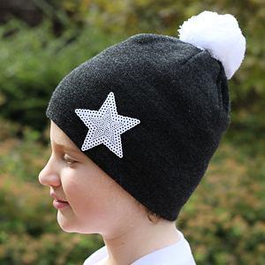 Zimní čepice pletená tmavě šedá hvězda
