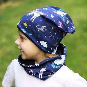 Zimní čepice jednorožci na modré